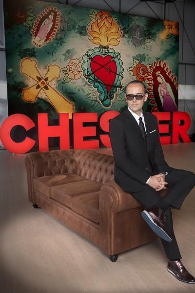 Caratula, cartel, poster o portada de Chester