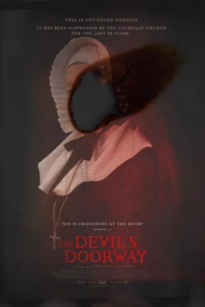 Caratula, cartel, poster o portada de The Devil\'s Doorway