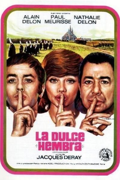 Caratula, cartel, poster o portada de La dulce hembra