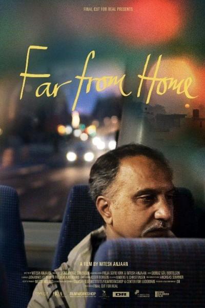 Caratula, cartel, poster o portada de Far From Home