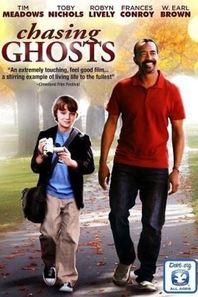 Caratula, cartel, poster o portada de Chasing Ghosts