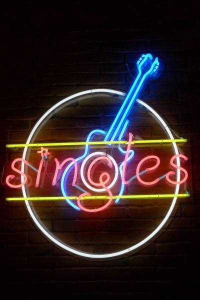 Caratula, cartel, poster o portada de Singles