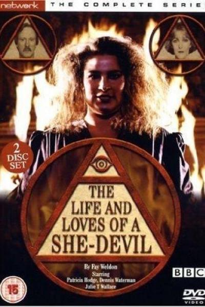 Caratula, cartel, poster o portada de The Life and Loves of a She-Devil