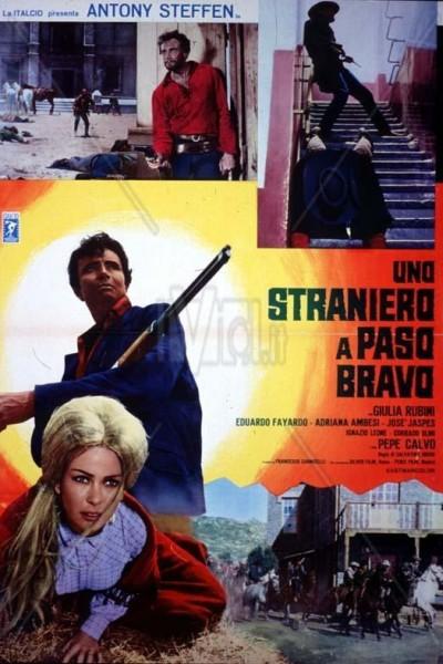 Caratula, cartel, poster o portada de Los pistoleros de Paso Bravo