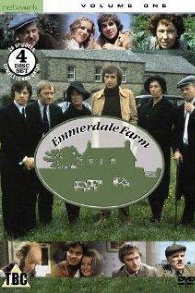 Caratula, cartel, poster o portada de Emmerdale