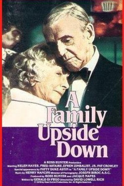 Caratula, cartel, poster o portada de A Family Upside Down