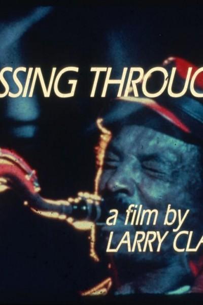 Caratula, cartel, poster o portada de Passing Through