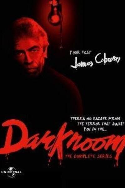 Caratula, cartel, poster o portada de Darkroom