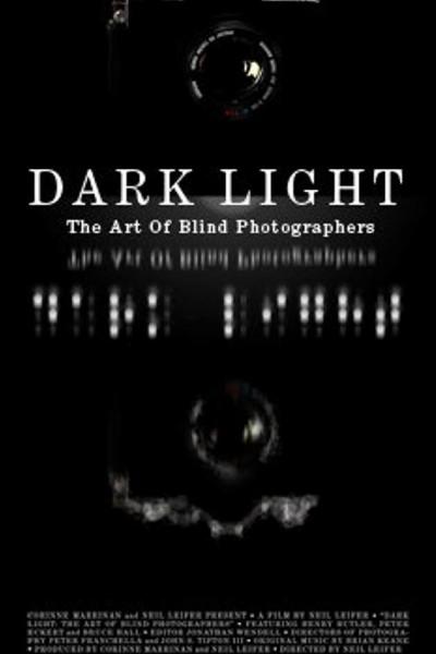 Caratula, cartel, poster o portada de Luz en la oscuridad: fotógrafos ciegos