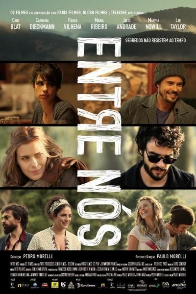 Caratula, cartel, poster o portada de Entre nosotros