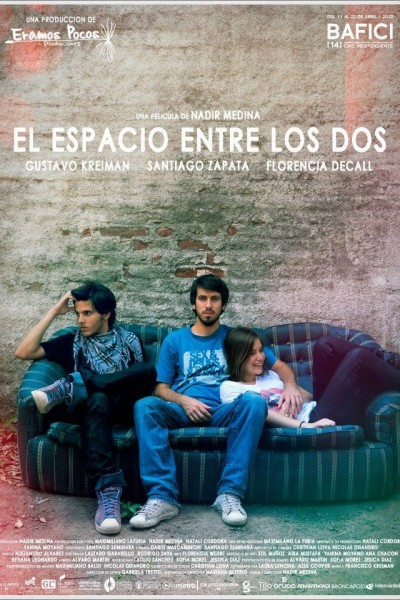Caratula, cartel, poster o portada de El espacio entre los dos