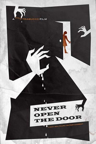 Caratula, cartel, poster o portada de Never Open the Door