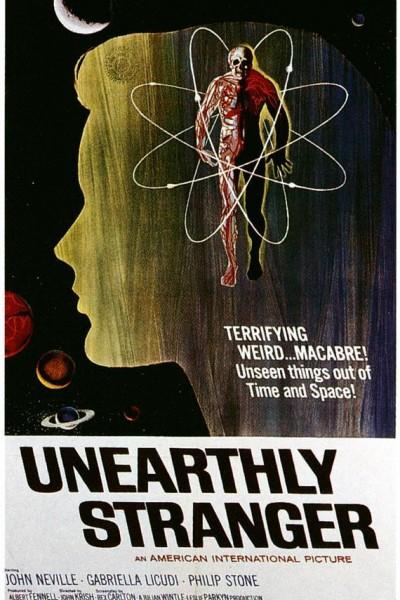 Caratula, cartel, poster o portada de Una extraña del cosmos