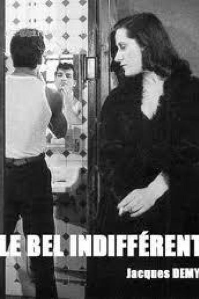 Caratula, cartel, poster o portada de Le bel indifférent
