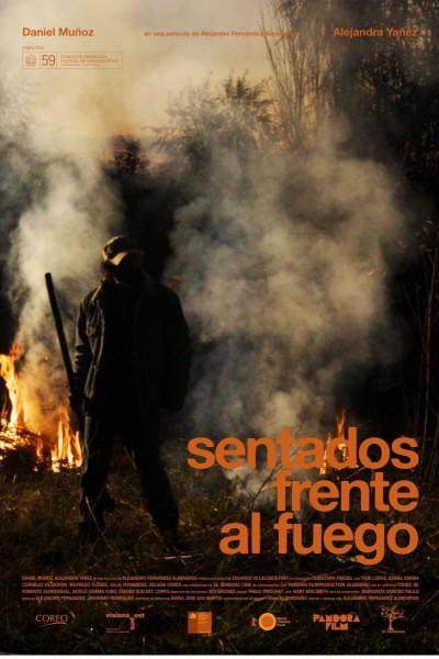 Caratula, cartel, poster o portada de Sentados frente al fuego