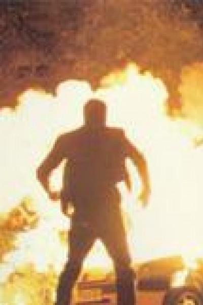 Caratula, cartel, poster o portada de Adrenalina