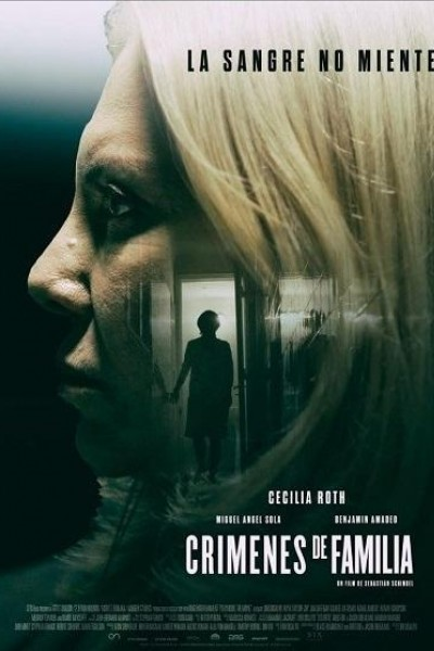Caratula, cartel, poster o portada de Crímenes de familia