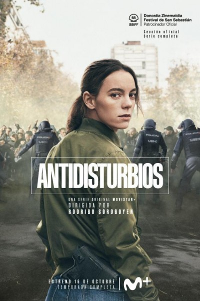 Caratula, cartel, poster o portada de Antidisturbios