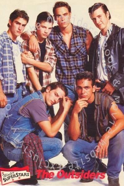 Caratula, cartel, poster o portada de Rebeldes II