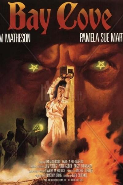 Caratula, cartel, poster o portada de La bahía de la muerte