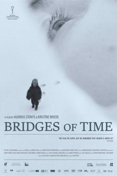 Caratula, cartel, poster o portada de Bridges of Time