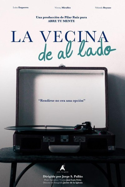 Caratula, cartel, poster o portada de La vecina de al lado