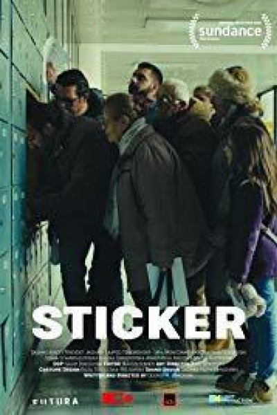Caratula, cartel, poster o portada de Etiqueta