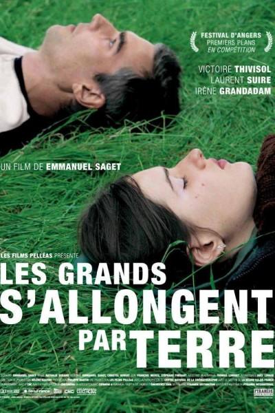 Caratula, cartel, poster o portada de Les grands s\'allongent par terre