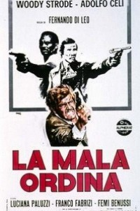 Caratula, cartel, poster o portada de Nuestro hombre de Milán