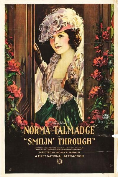 Caratula, cartel, poster o portada de A través de sonrisas