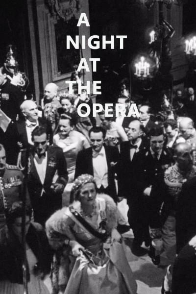 Caratula, cartel, poster o portada de Une nuit à l'opéra