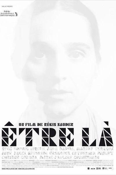 Caratula, cartel, poster o portada de Être là