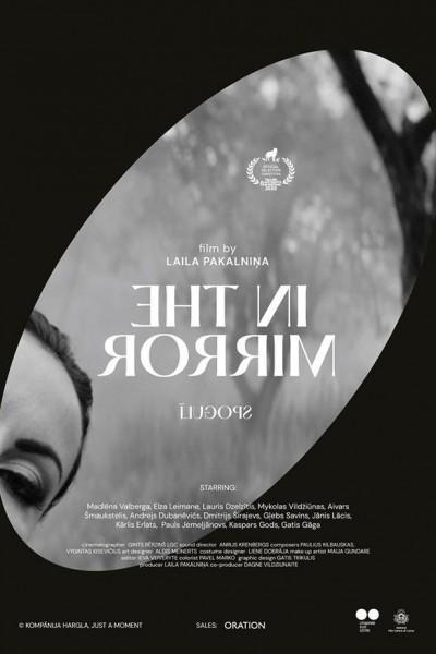 Caratula, cartel, poster o portada de In the Mirror