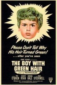 Caratula, cartel, poster o portada de El muchacho de los cabellos verdes