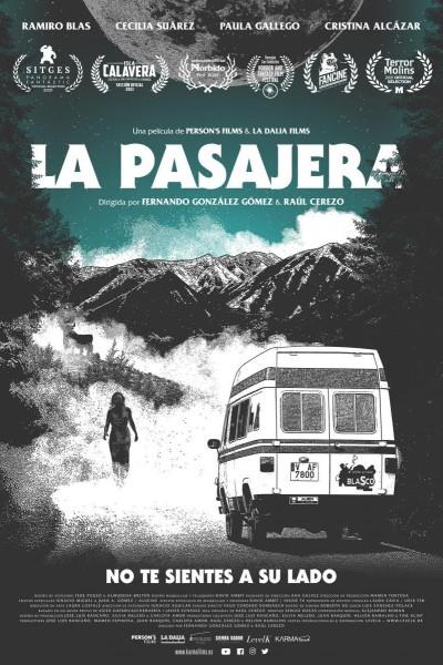 Caratula, cartel, poster o portada de La pasajera
