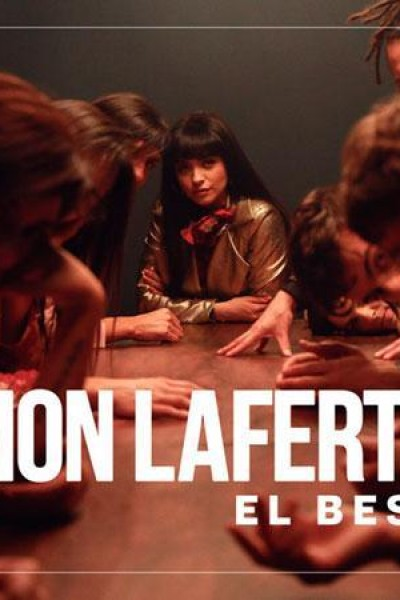 Caratula, cartel, poster o portada de Mon Laferte: El beso (Vídeo musical)