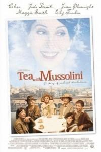 Caratula, cartel, poster o portada de Té con Mussolini