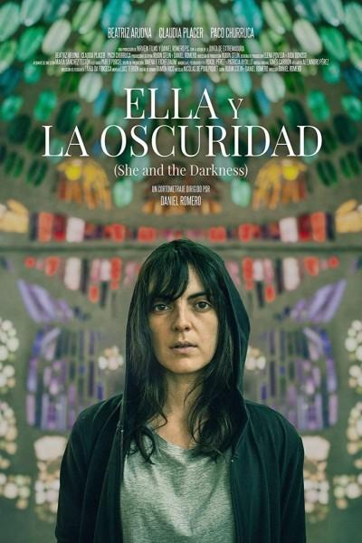 Caratula, cartel, poster o portada de Ella y la oscuridad