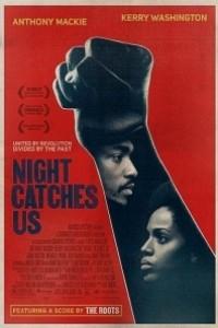 Caratula, cartel, poster o portada de Night Catches Us
