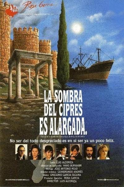Caratula, cartel, poster o portada de La sombra del ciprés es alargada