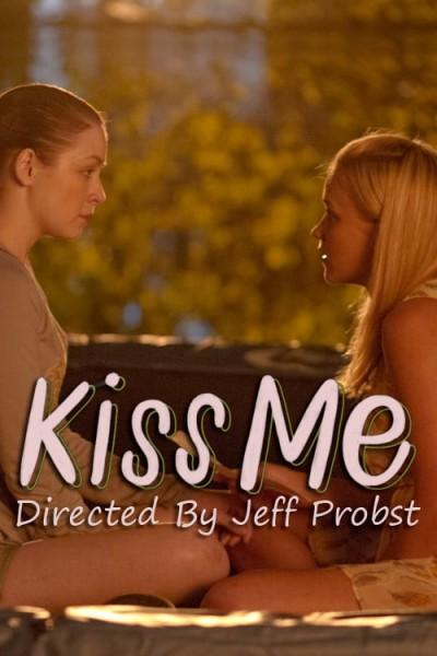 Caratula, cartel, poster o portada de Kiss Me