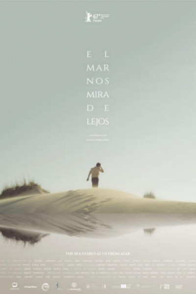 Caratula, cartel, poster o portada de El mar nos mira de lejos